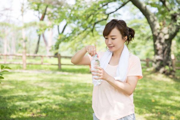 ランニング中の水分補給